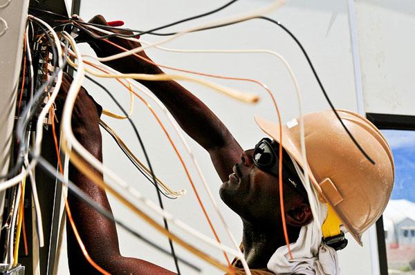 Electrician - Image Credit: https://pixabay.com/en/users/skeeze-272447/